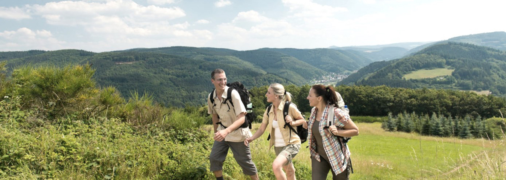 Single Reis Duitsland | Wandelen over de rotweinwanderweg