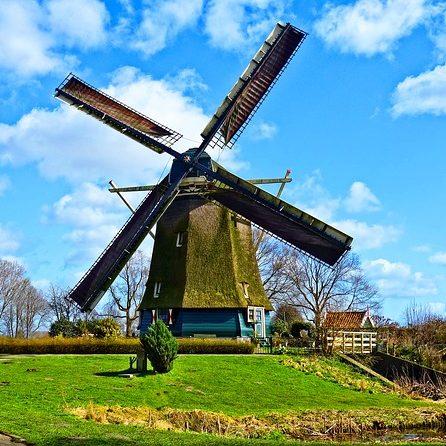 dutch-windmill-3294416_640